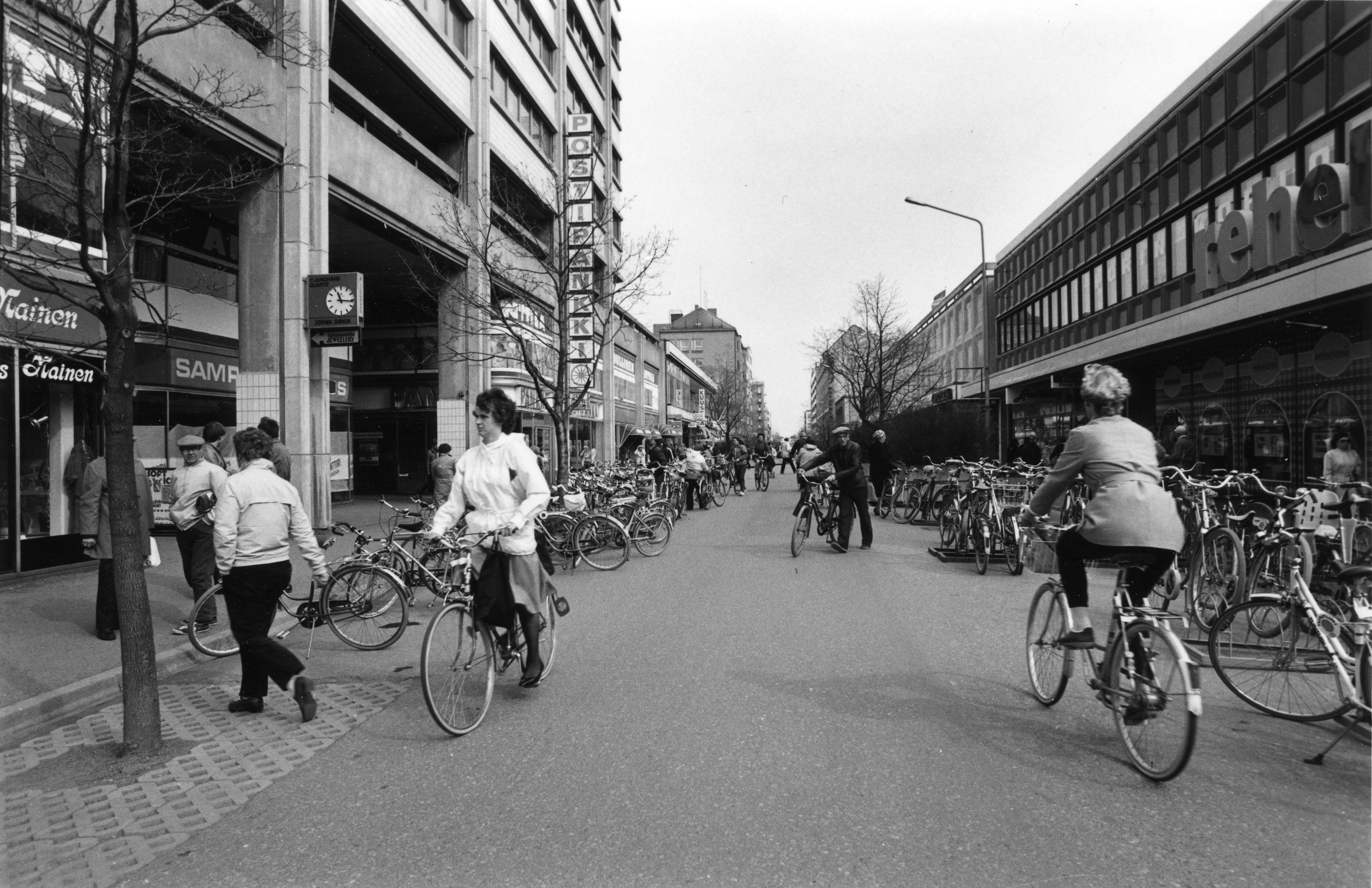 MODERNI PORI – Alvar Aalto -viikon kaupunkiopastus