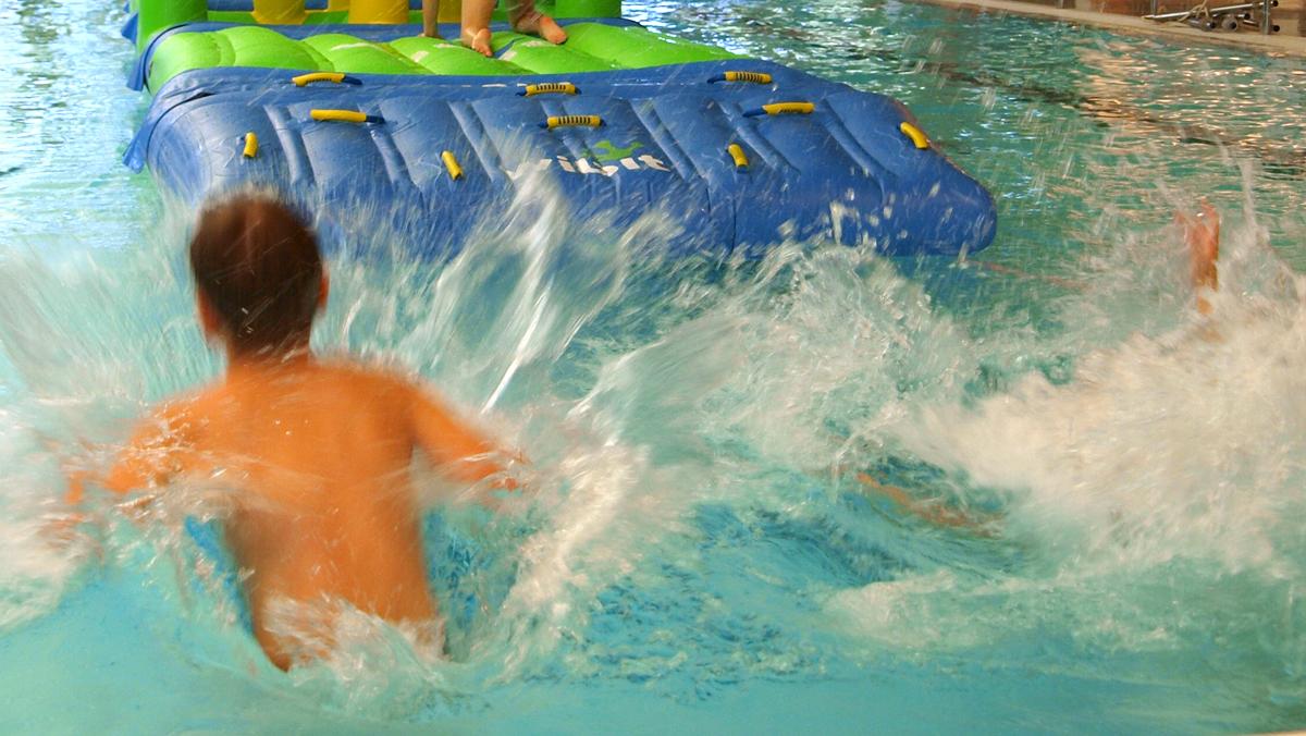 Wibit-temppurata keskustan uimahallissa
